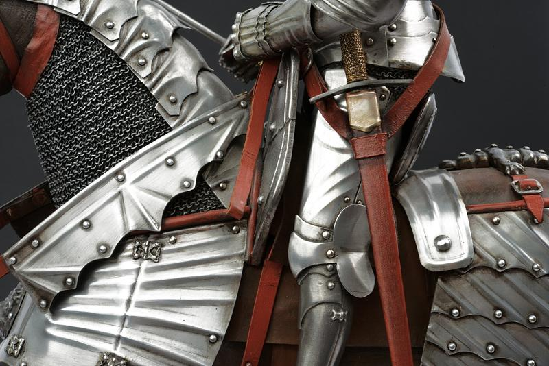 A beautiful English equestrian armour model - Image 2 of 9