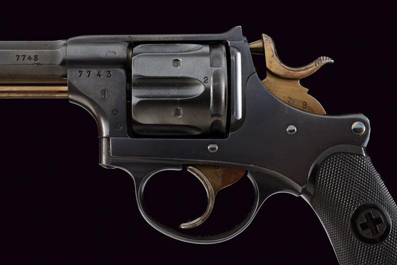 An 1882 model centerfire revolver - Image 5 of 8