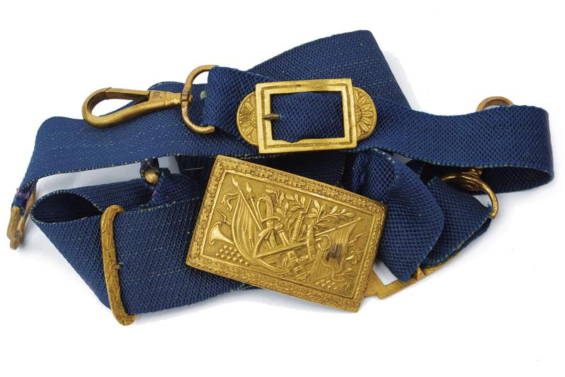A navy cocked hat with belt and buckle - Image 8 of 10