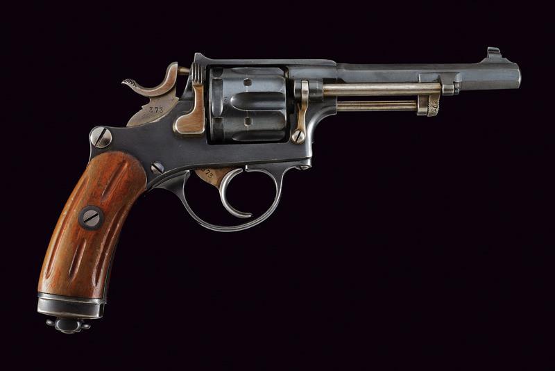 An 1882 model centerfire revolver - Image 6 of 6