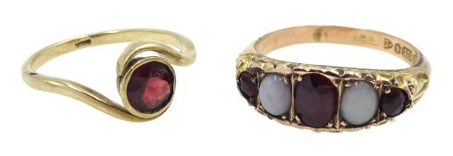 Edwardian 9ct gold five stone opal and garnet ring, Chester 1902 and a 9ct gold single stone garnet