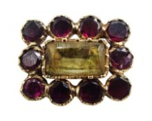 Victorian gold stone set brooch