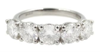 Platinum five stone round brilliant cut diamond ring, hallmarked, total diamond weight approx 2.05 c