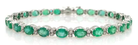 18ct white gold oval emerald and diamond bracelet, stamped 750, emerald total weight approx 7.80 car