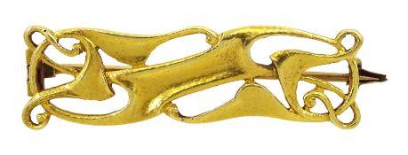 Art Nouveau 17ct gold open work bar brooch