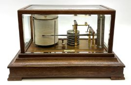 Edwardian oak cased barograph with lacquered brass mechanism