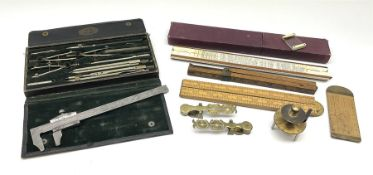 Two Victorian brass sovereign scales