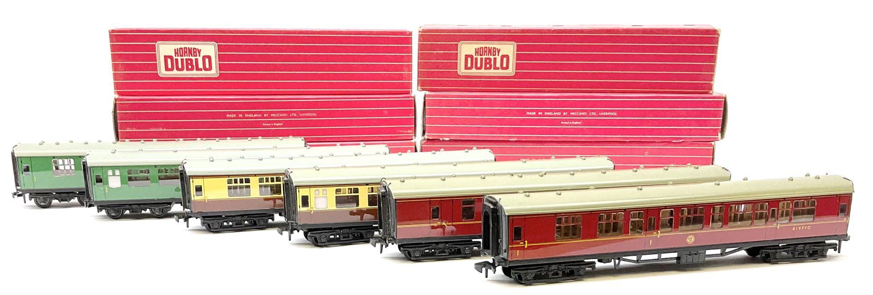 Hornby Dublo - six coaches comprising 4050 Corridor Coach 1st/2nd W.R.; 4051 Corridor Coach Brake/2n
