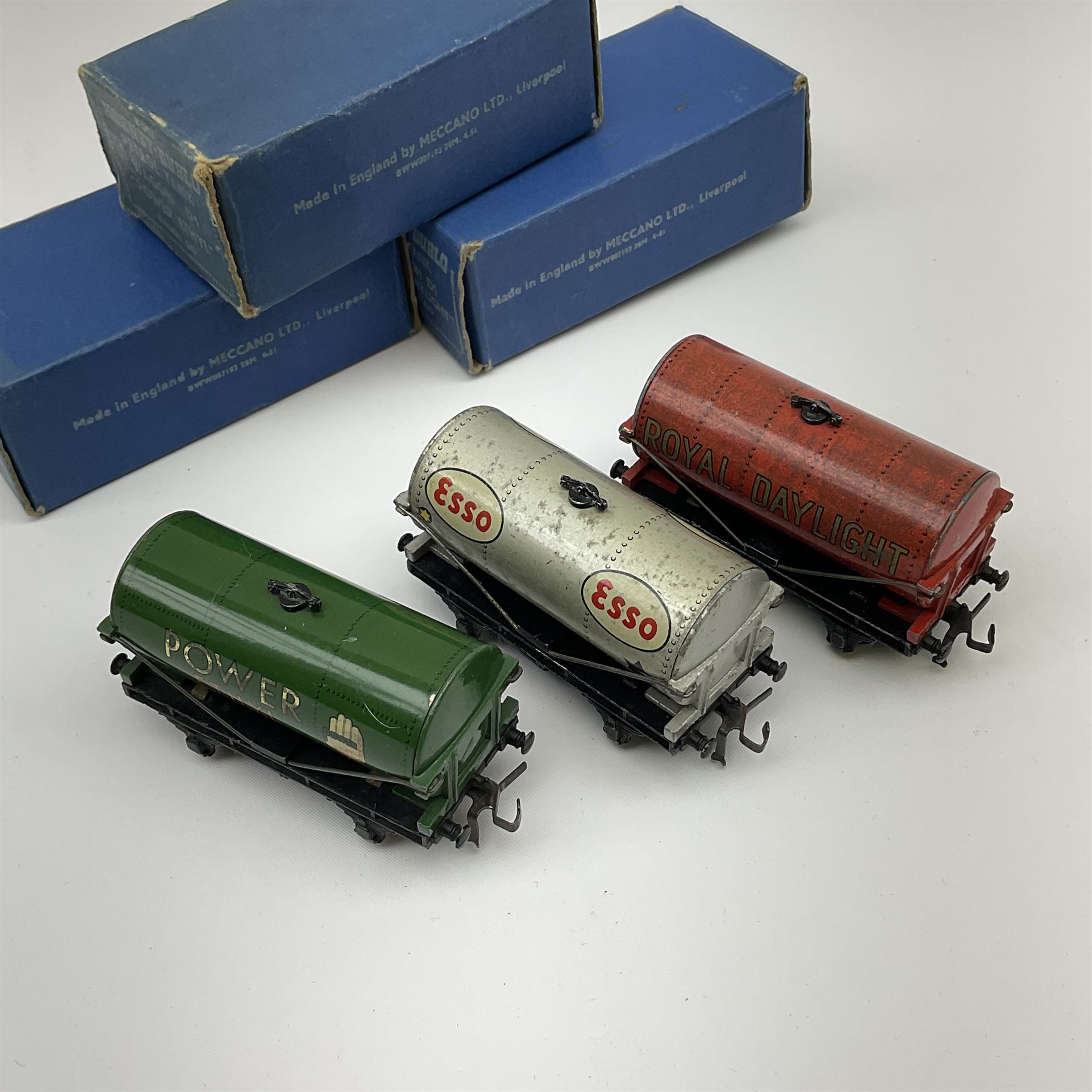 Hornby Dublo - Petrol Tank Wagon D1 'Power Ethyl'; Oil Tank Wagon D1 'Royal Daylight'; and Petrol Ta - Image 3 of 3