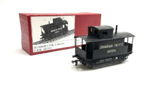 Hornby Dublo - three-rail D1 32049 Canadian Pacific Railway Caboose No.437270; in modern collector's