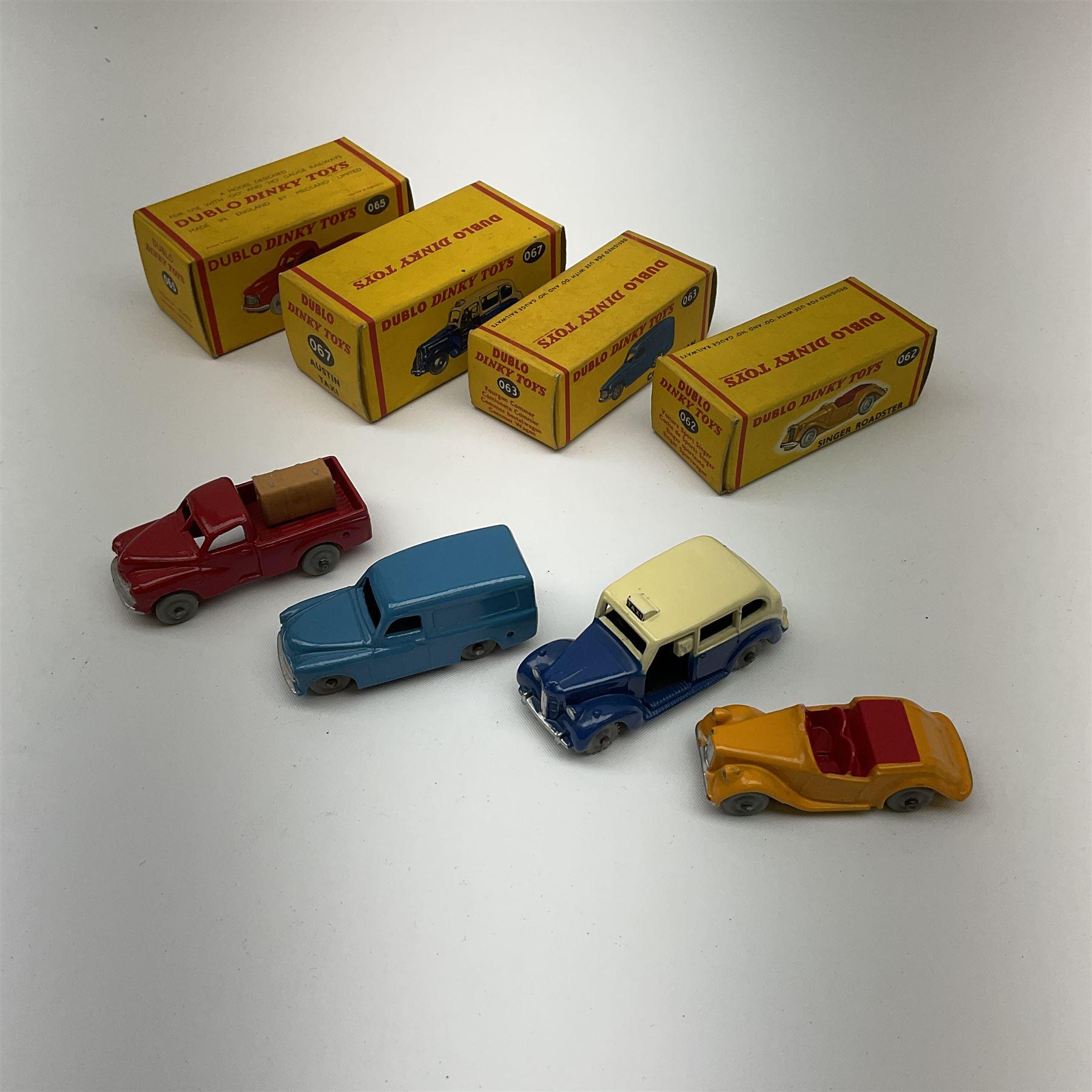 Dublo Dinky - four boxed models comprising 062 Singer Roadster - Image 4 of 4