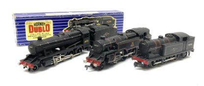 Hornby Dublo - LMR Class 8F 2-8-0 locomotive and tender No.48158