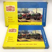 Hornby Dublo - two-rail set 2021 'The Red Dragon ' passenger train W.R. with Castle Class 4-6-0 loco