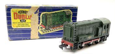 Hornby Dublo - three-rail Class 08 0-6-0 Diesel Electric Shunting locomotive No.D3763 in blue stripe