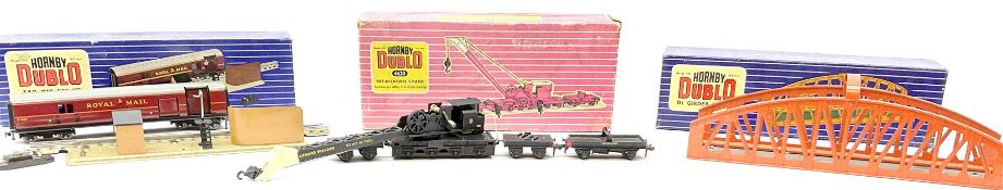 Hornby Dublo - Breakdown Crane No.4062 with Cowans Sheldon livery