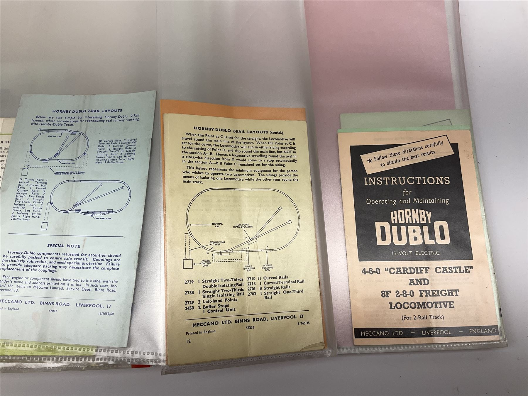 Modern loose leaf binder containing over sixty 1940s - 1960s Hornby Dublo booklets and paper ephemer - Image 3 of 7