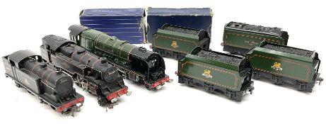 Hornby Dublo - three-rail Duchess Class 4-6-2 locomotive 'Duchess of Montrose' No.46232 in BR Green