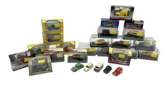 Various makers - twenty-one boxed 1:76 Railway Scale die-cast models by Oxford