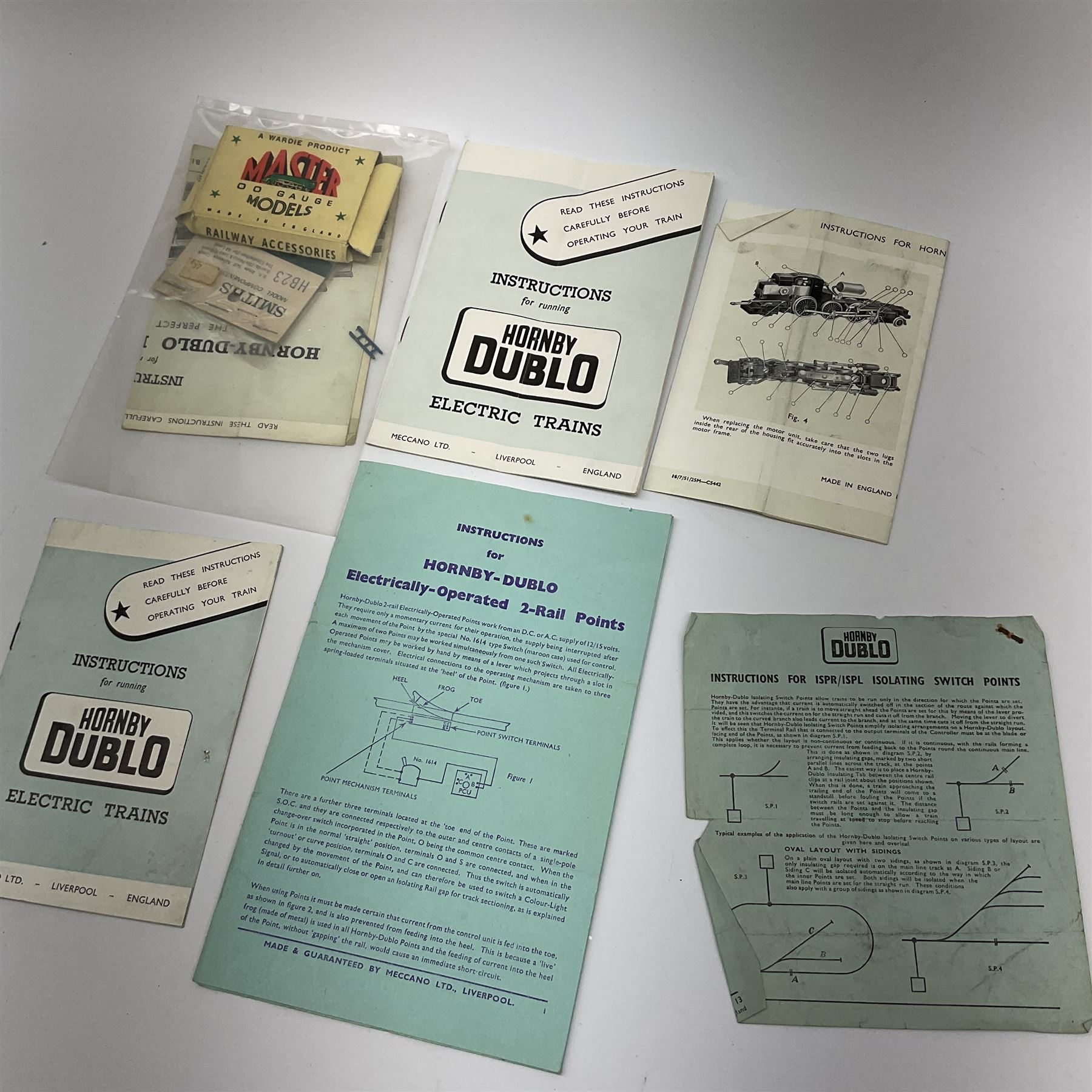 Hornby Dublo - quantity of paper ephemera including Electric Trains catalogues 1960 & 1961; Rail Lay - Image 8 of 9