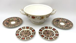 A pair of early 19th century Spode Imari 1823 pattern plates