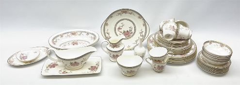 Royal Doulton Canton pattern tea and dinner wares