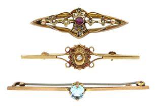 Edwardian gold garnet and seed pearl bar brooch