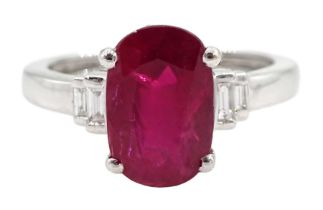 18ct white gold oval ruby ring