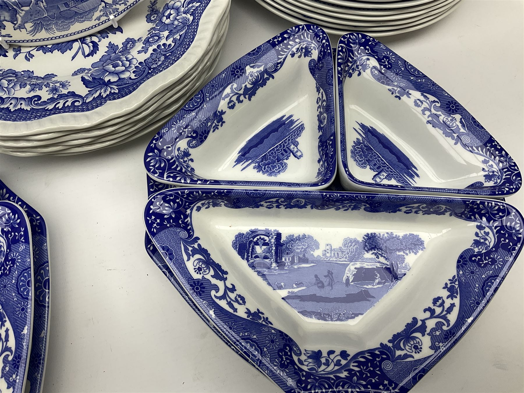 A collection of Spode blue and white ceramics - Image 10 of 16