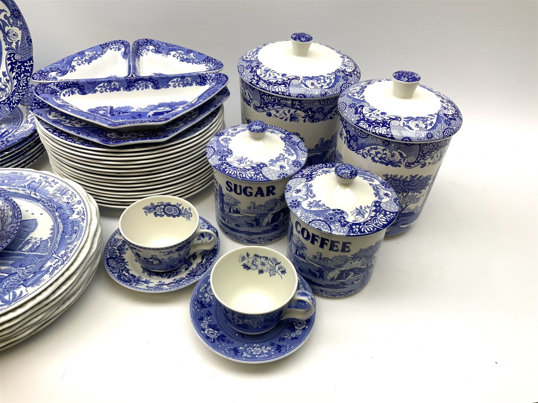 A collection of Spode blue and white ceramics - Image 15 of 16