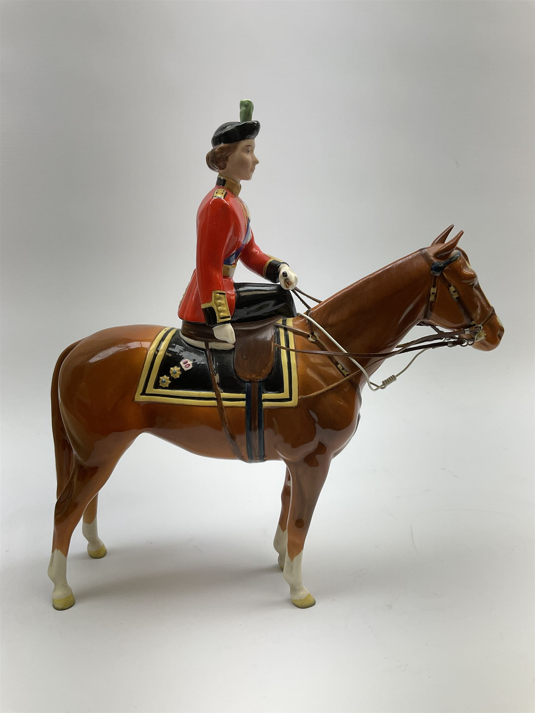 A Beswick model of HM Queen Elizabeth II mounted on Imperial Trooping the colour 1957 - Image 6 of 12