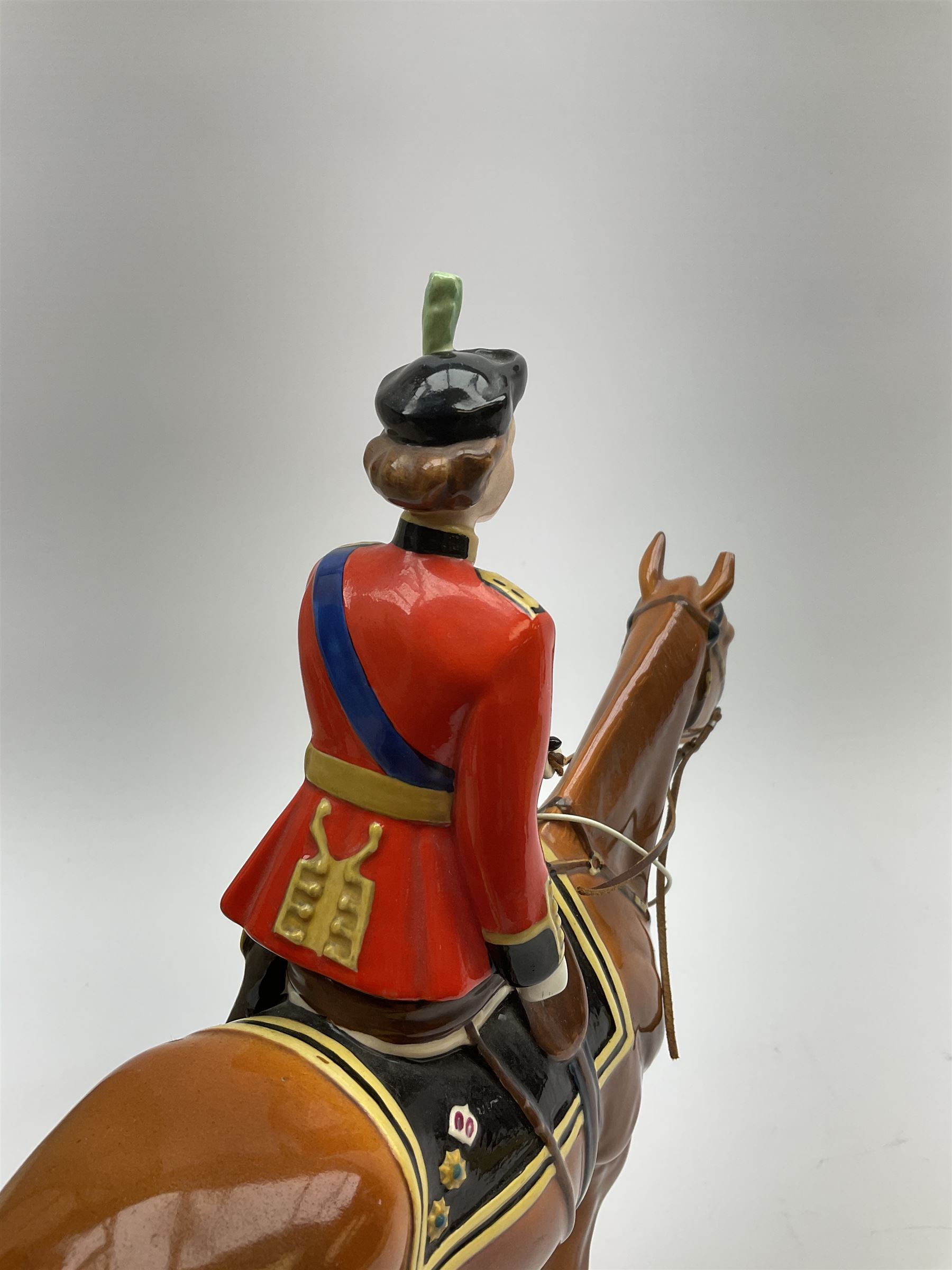 A Beswick model of HM Queen Elizabeth II mounted on Imperial Trooping the colour 1957 - Image 7 of 12