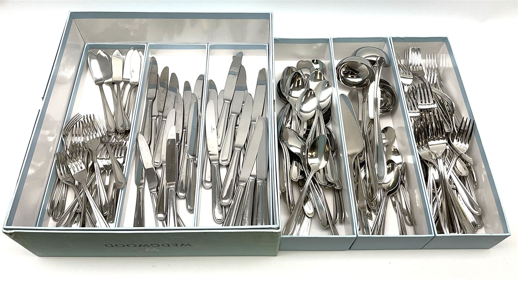 Wedgwood cutlery service