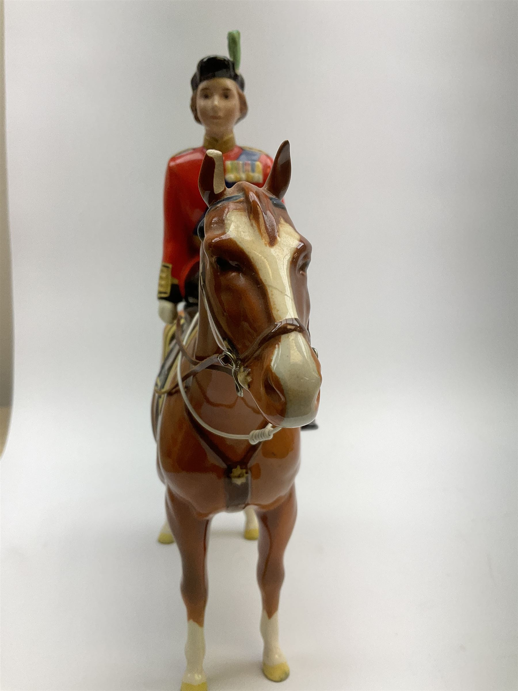 A Beswick model of HM Queen Elizabeth II mounted on Imperial Trooping the colour 1957 - Image 4 of 12