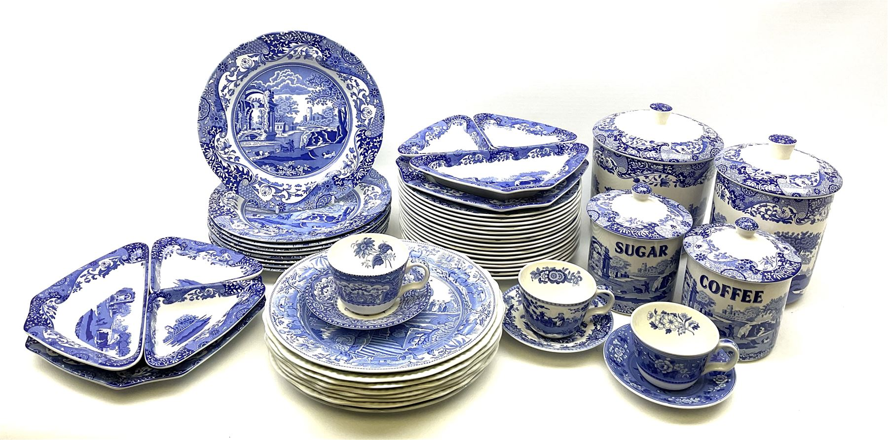 A collection of Spode blue and white ceramics - Image 7 of 16
