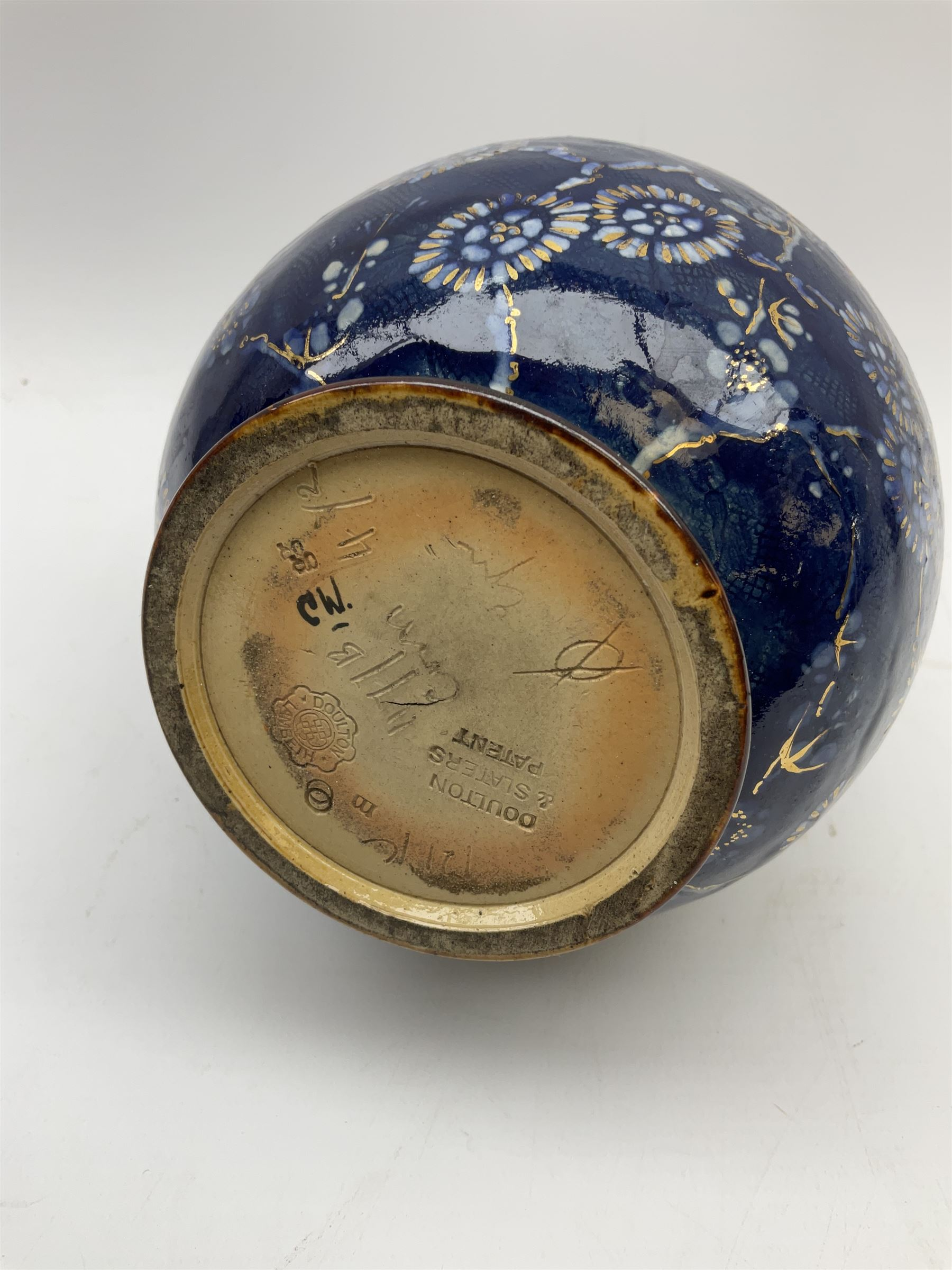 A group of Doulton Lambeth - Image 10 of 10