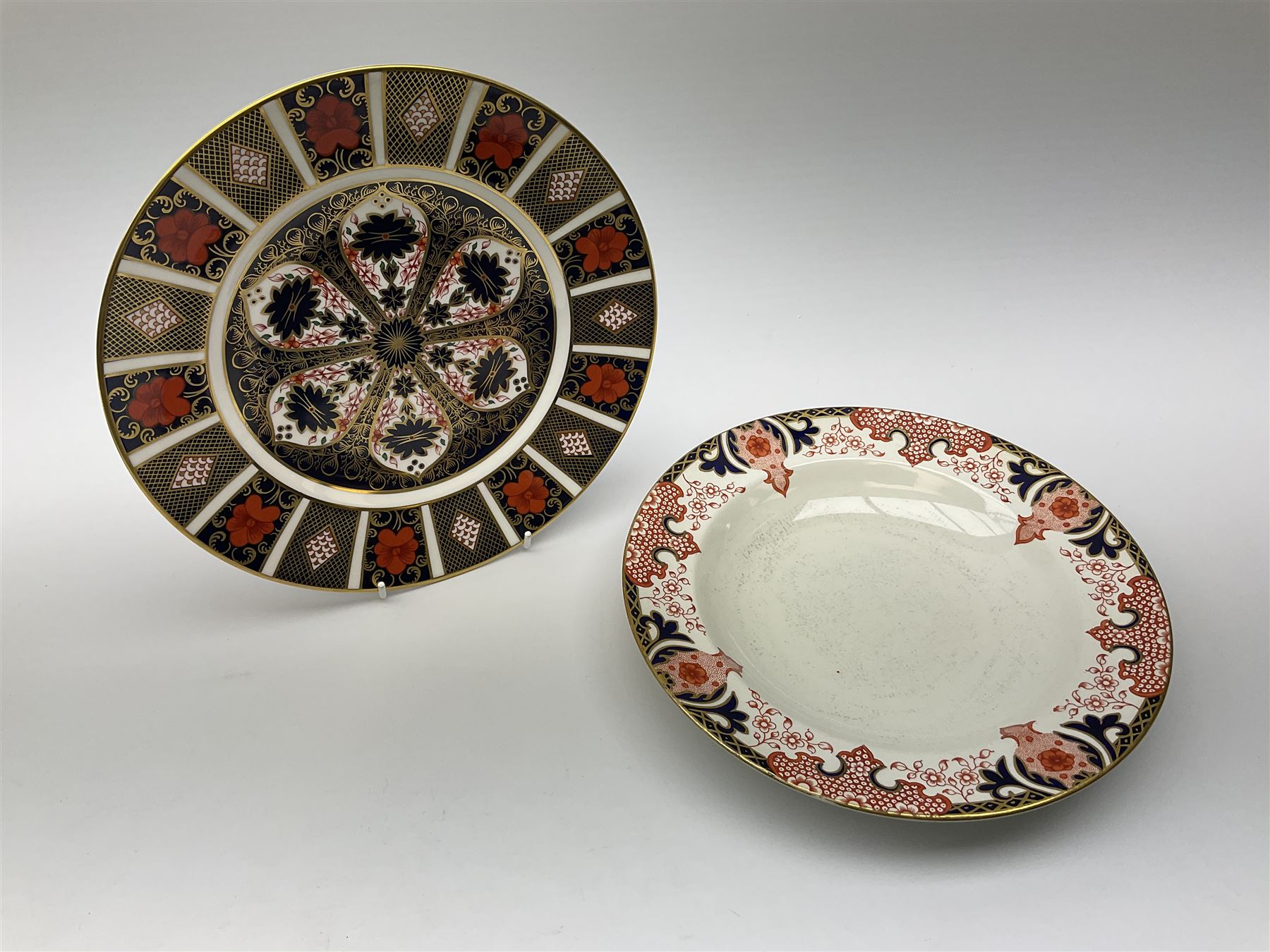A Royal Crown Derby Imari 1128 pattern plate - Image 4 of 7