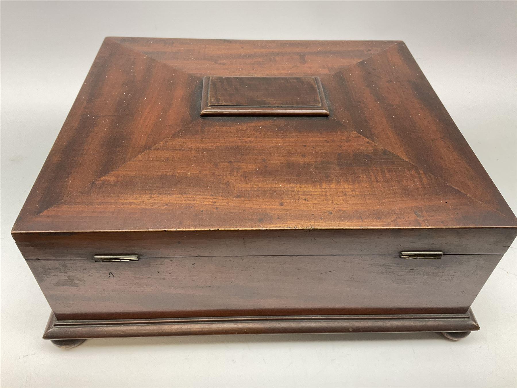 A Victorian mahogany box - Image 6 of 6