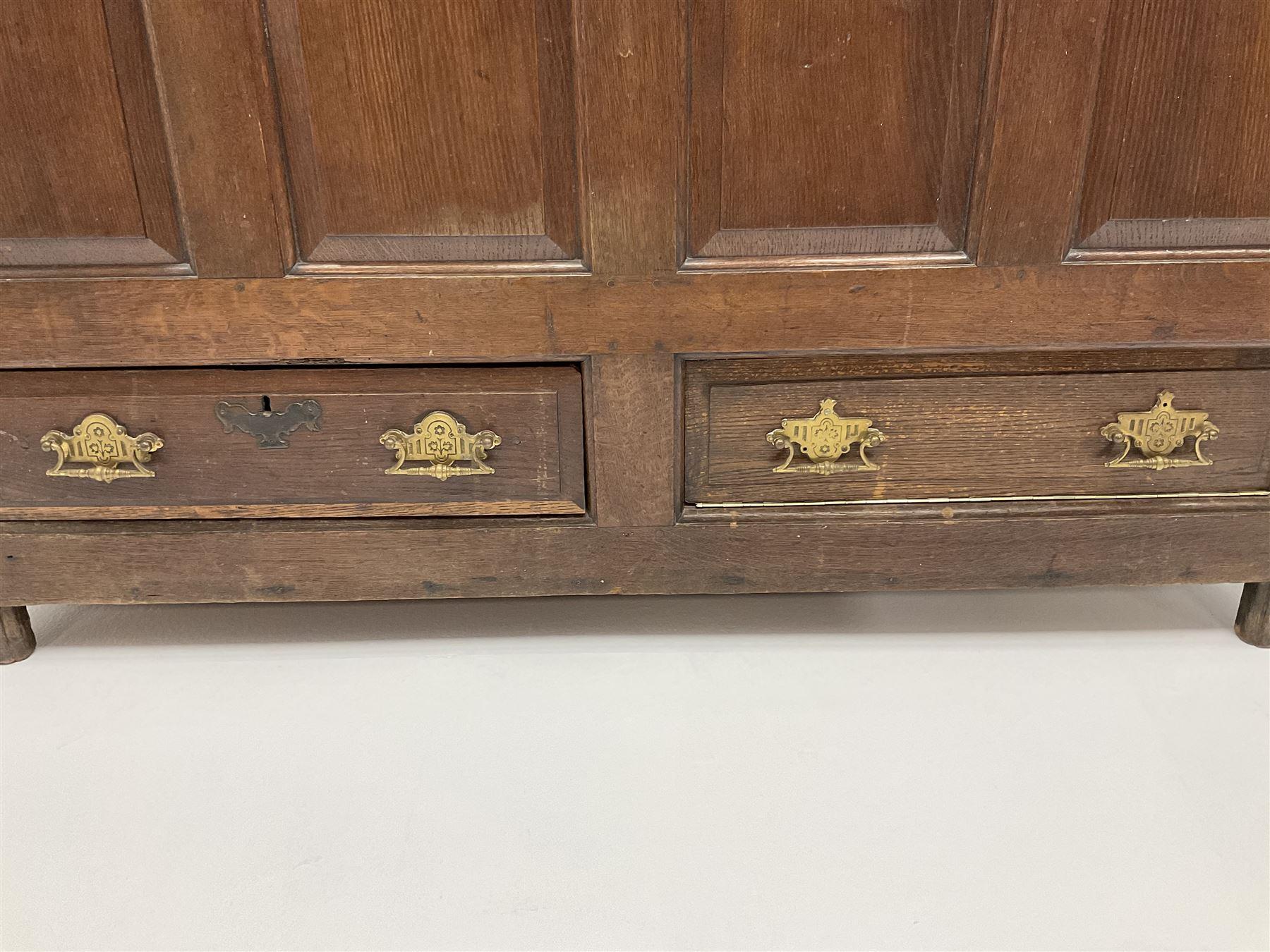18th century oak mule chest - Image 5 of 6