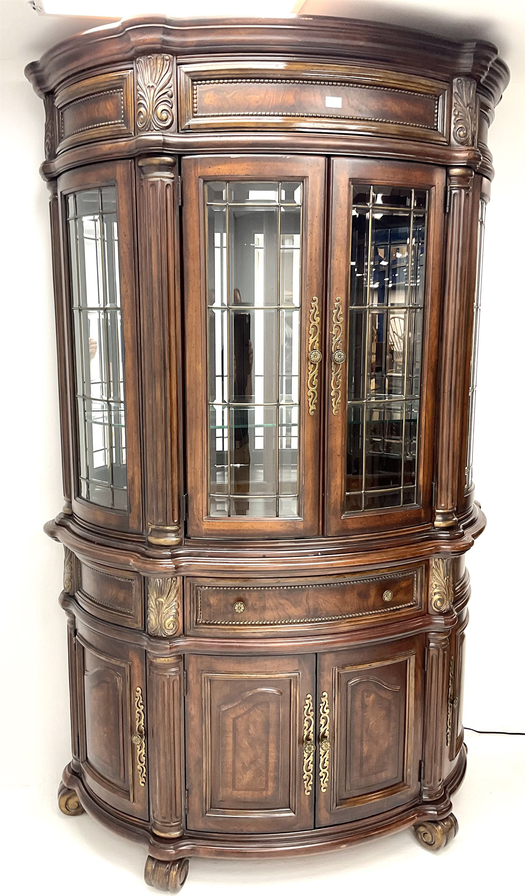 Kevin Charles American walnut demi lune display cabinet with illuminated interior - Image 3 of 13