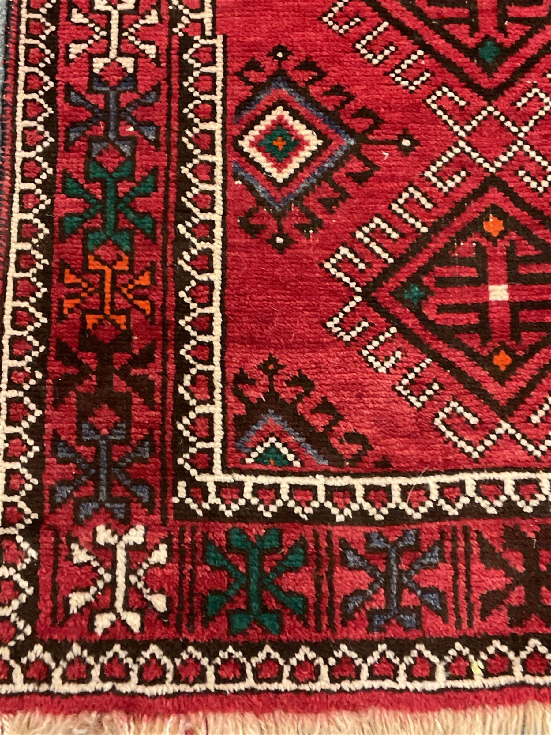 Turkish red ground rug - Image 2 of 4