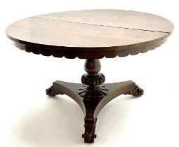 Early Victorian rosewood circular tilting dining table