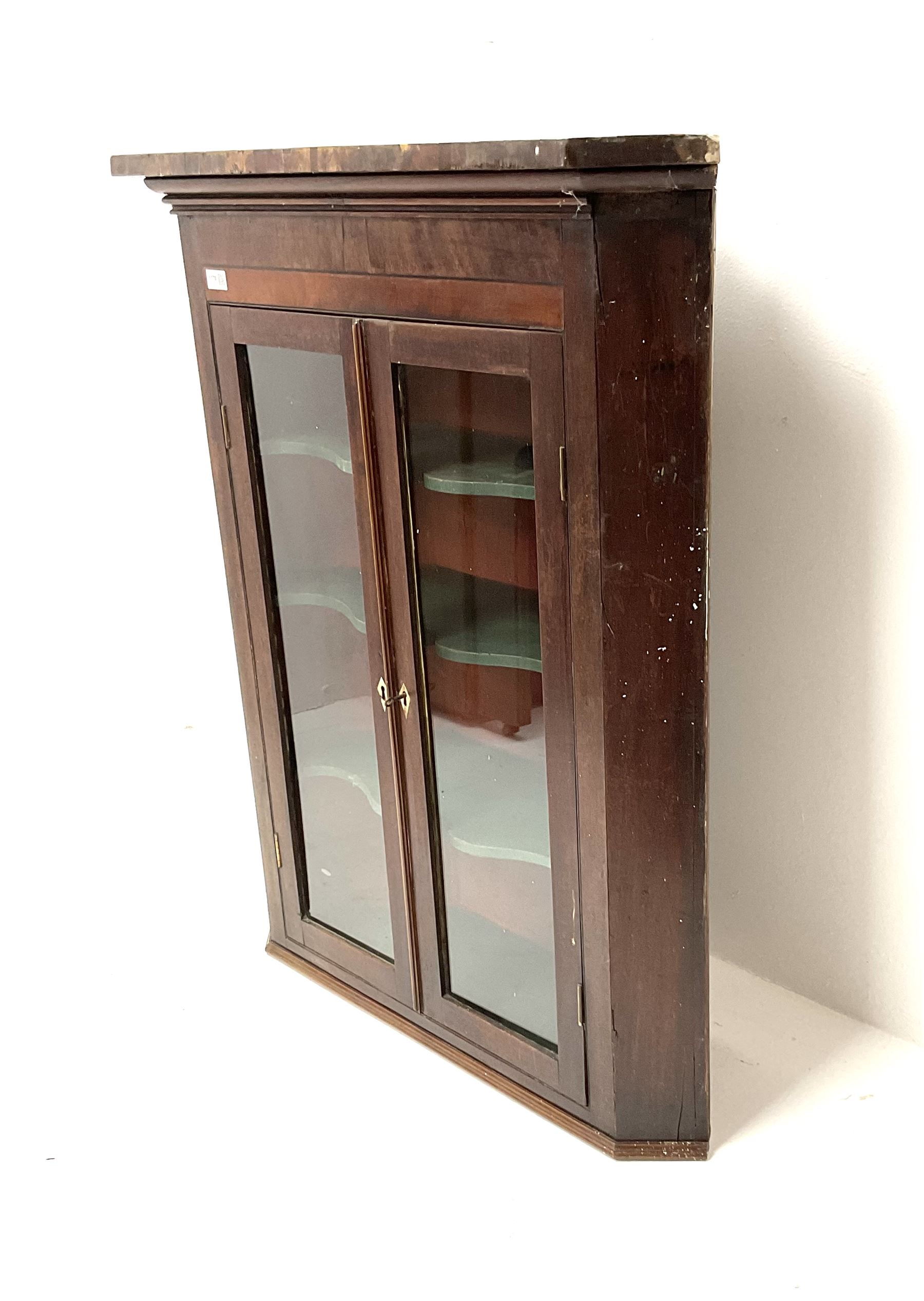 19th century mahogany hanging corner cabinet - Image 3 of 3