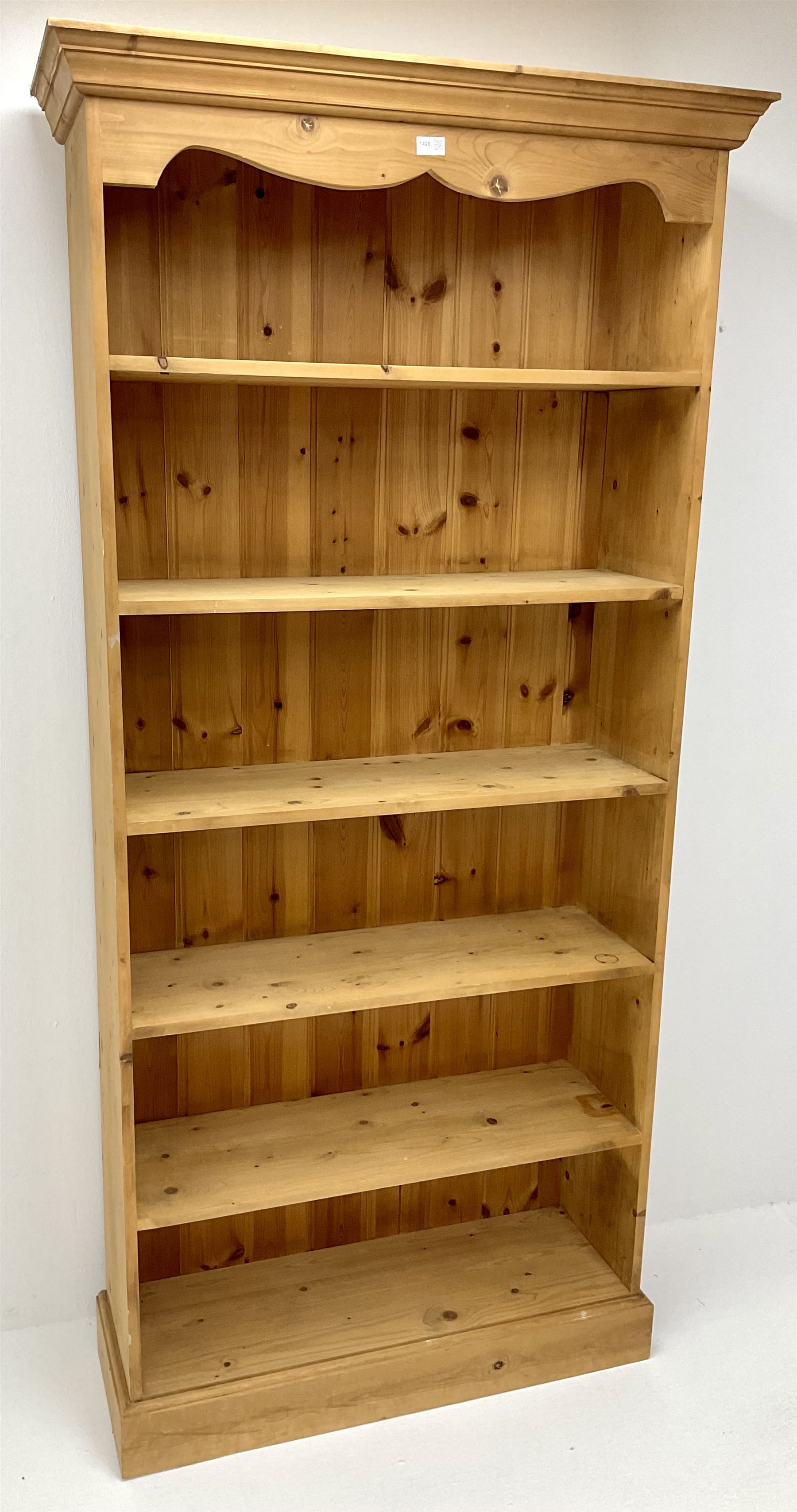 Pine open bookcase - Image 3 of 3