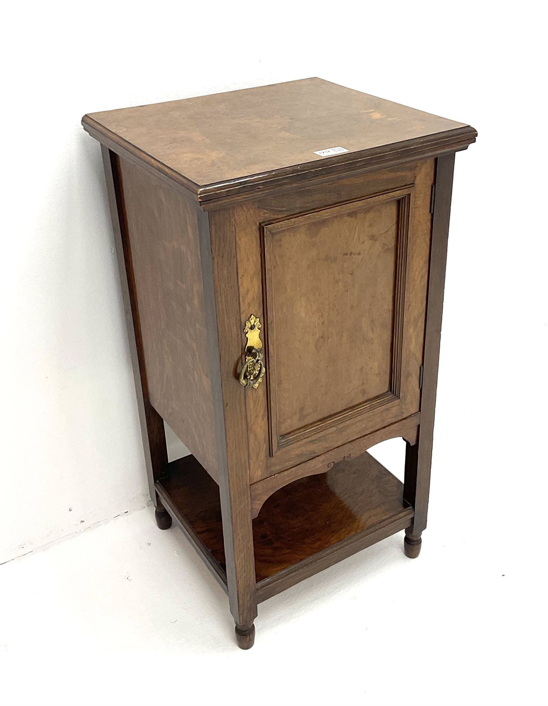 Edwardian oak bedside pot cupboard enclosed by panelled door - Image 2 of 3