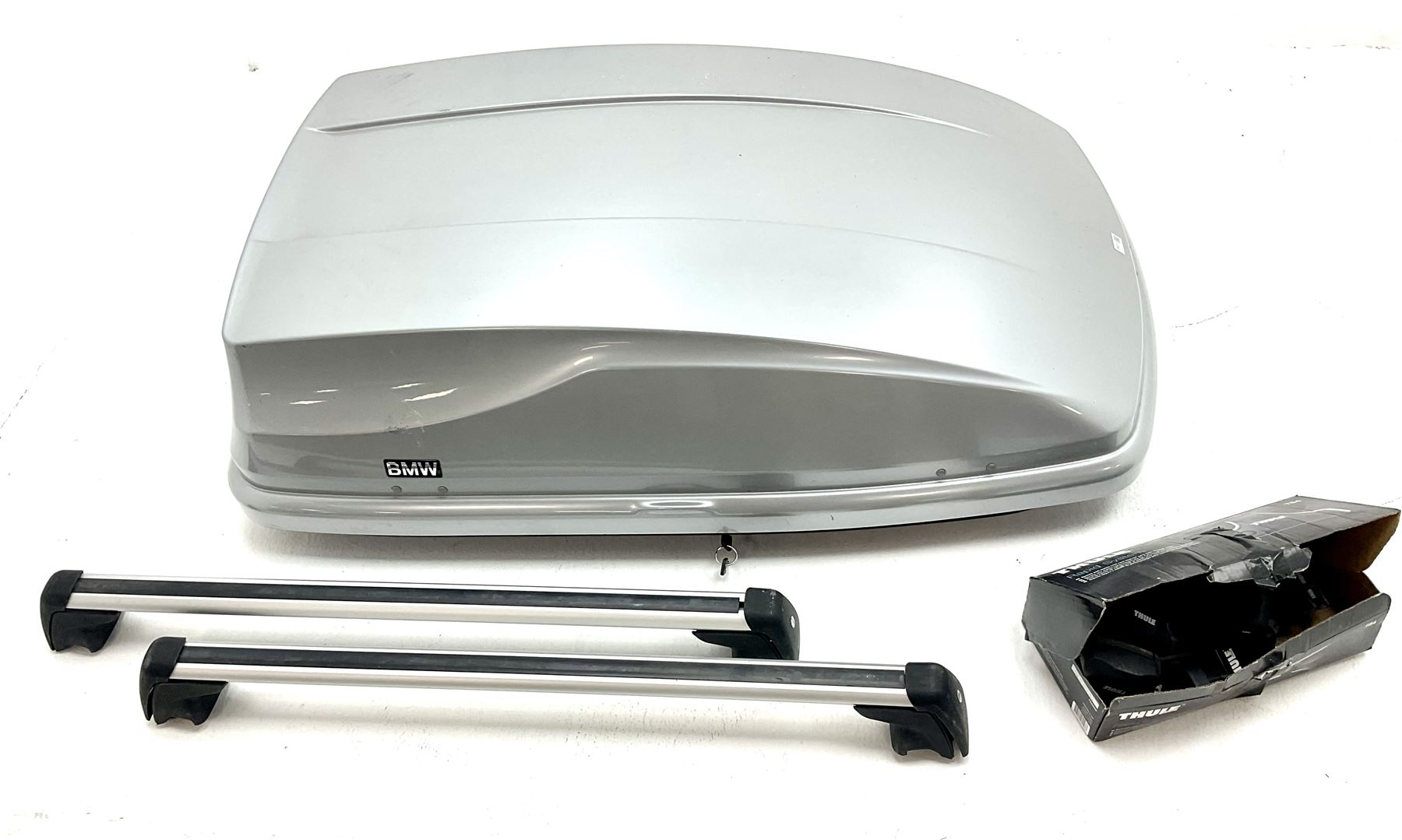 BMW vehicle roof storage box with Thule Rapid System 754 roof rack and two bars - Image 2 of 3