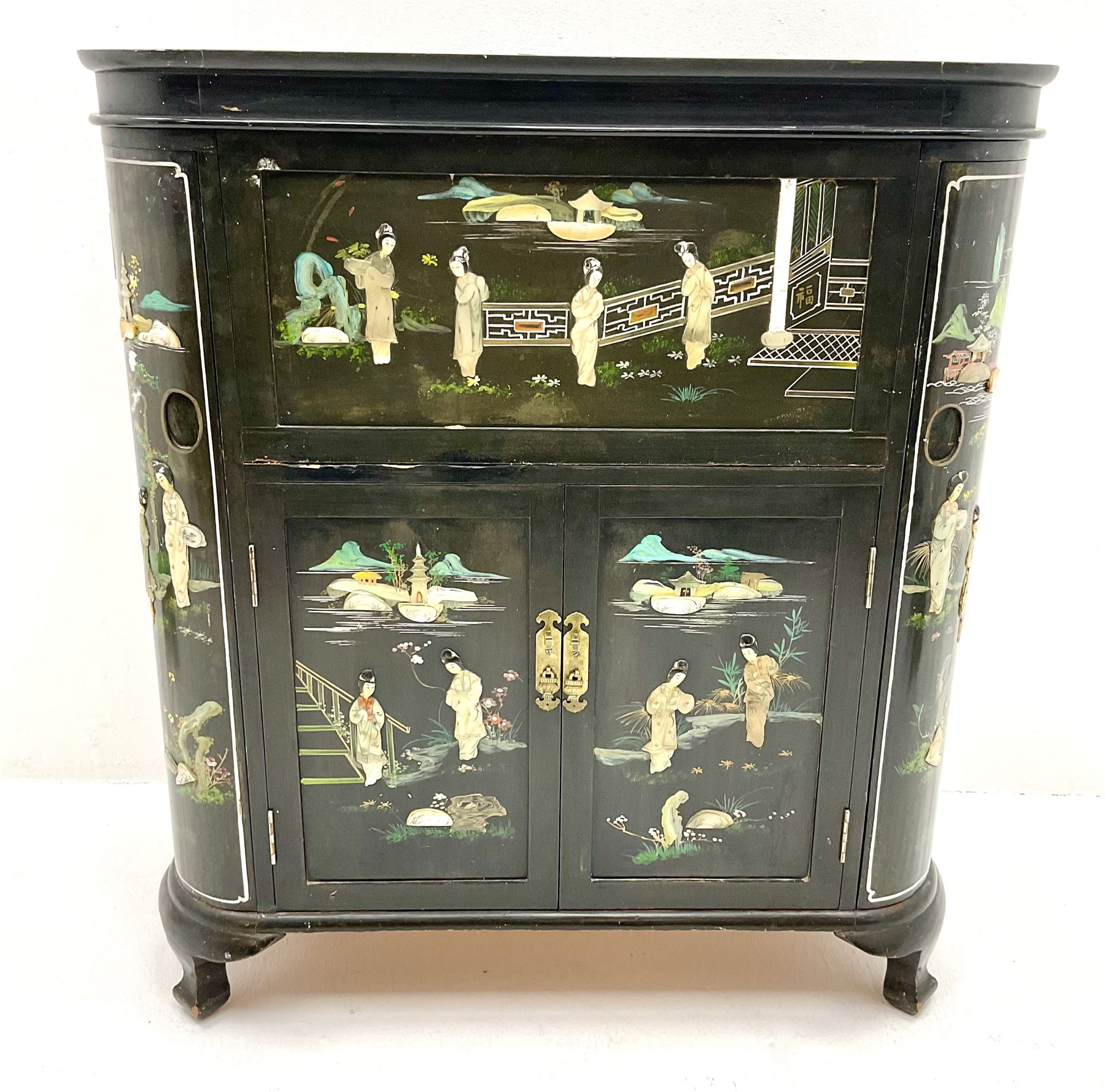 Hong Kong black lacquered cocktail cabinet with shibiyama style decoration of figures in a garden