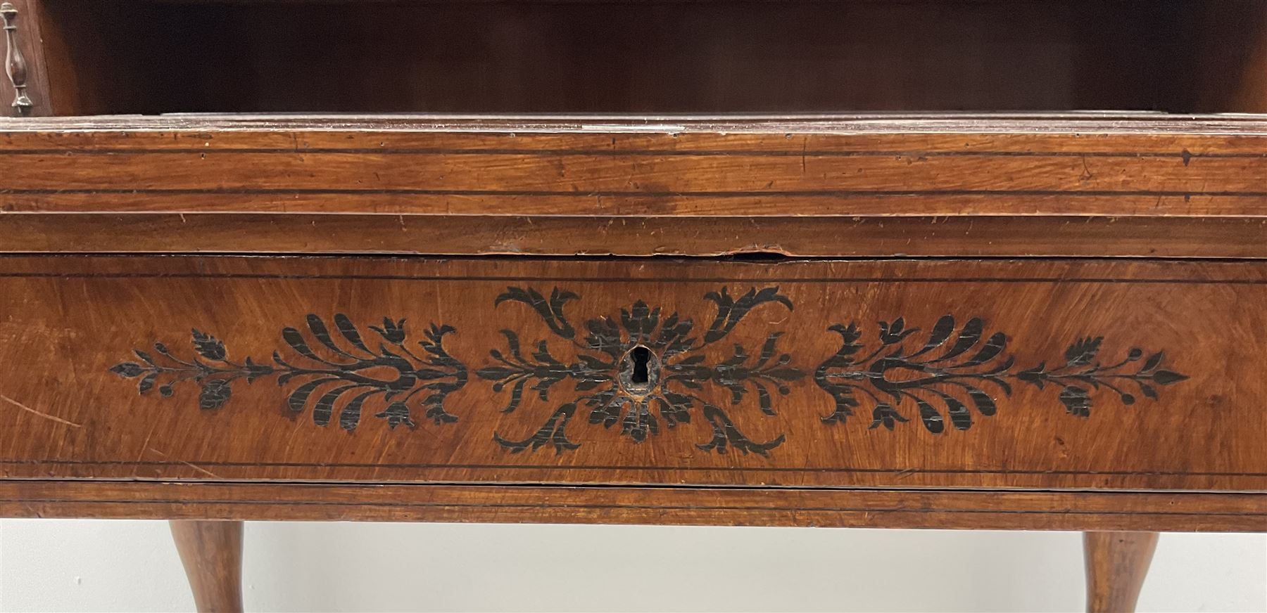 19th century inlaid grained oak writing desk - Image 4 of 4