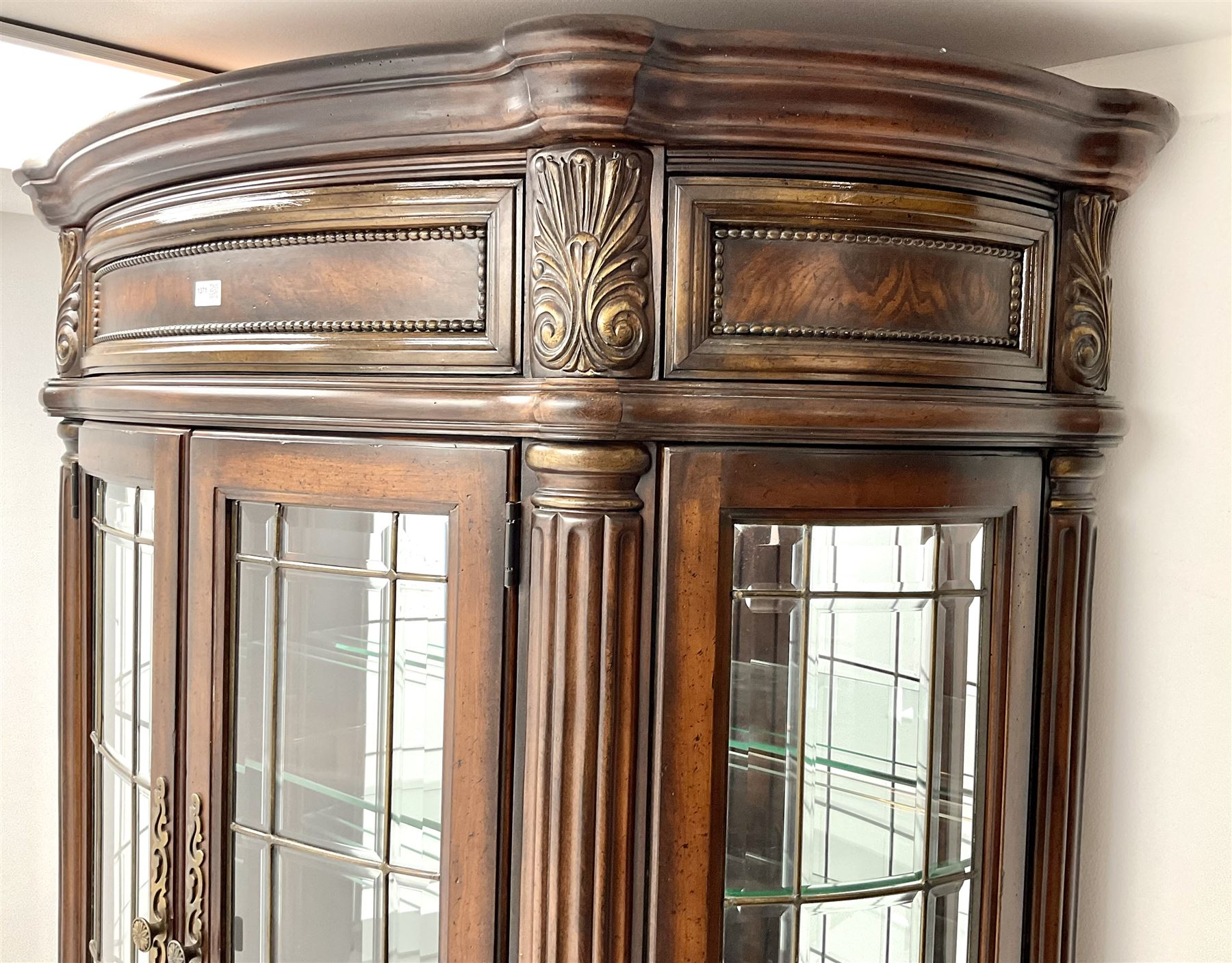 Kevin Charles American walnut demi lune display cabinet with illuminated interior - Image 12 of 13