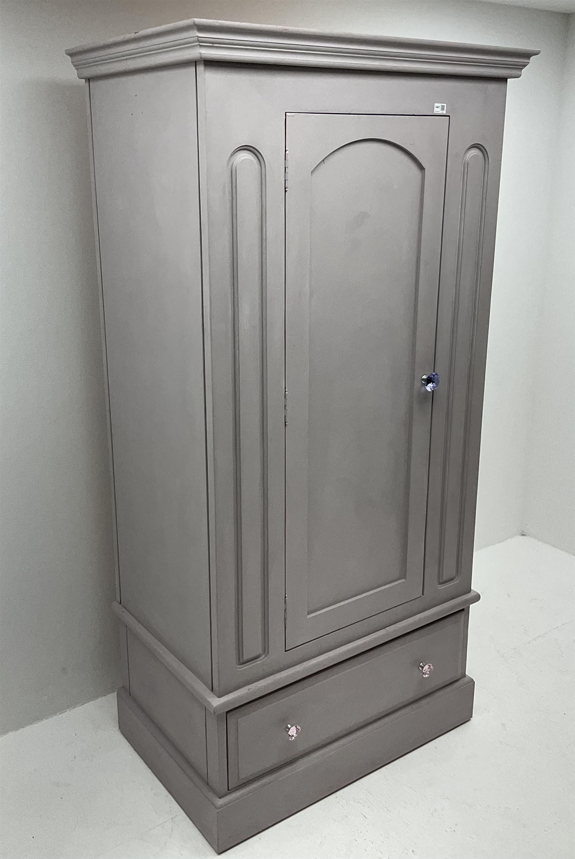 Painted pine single wardrobe - Image 2 of 4