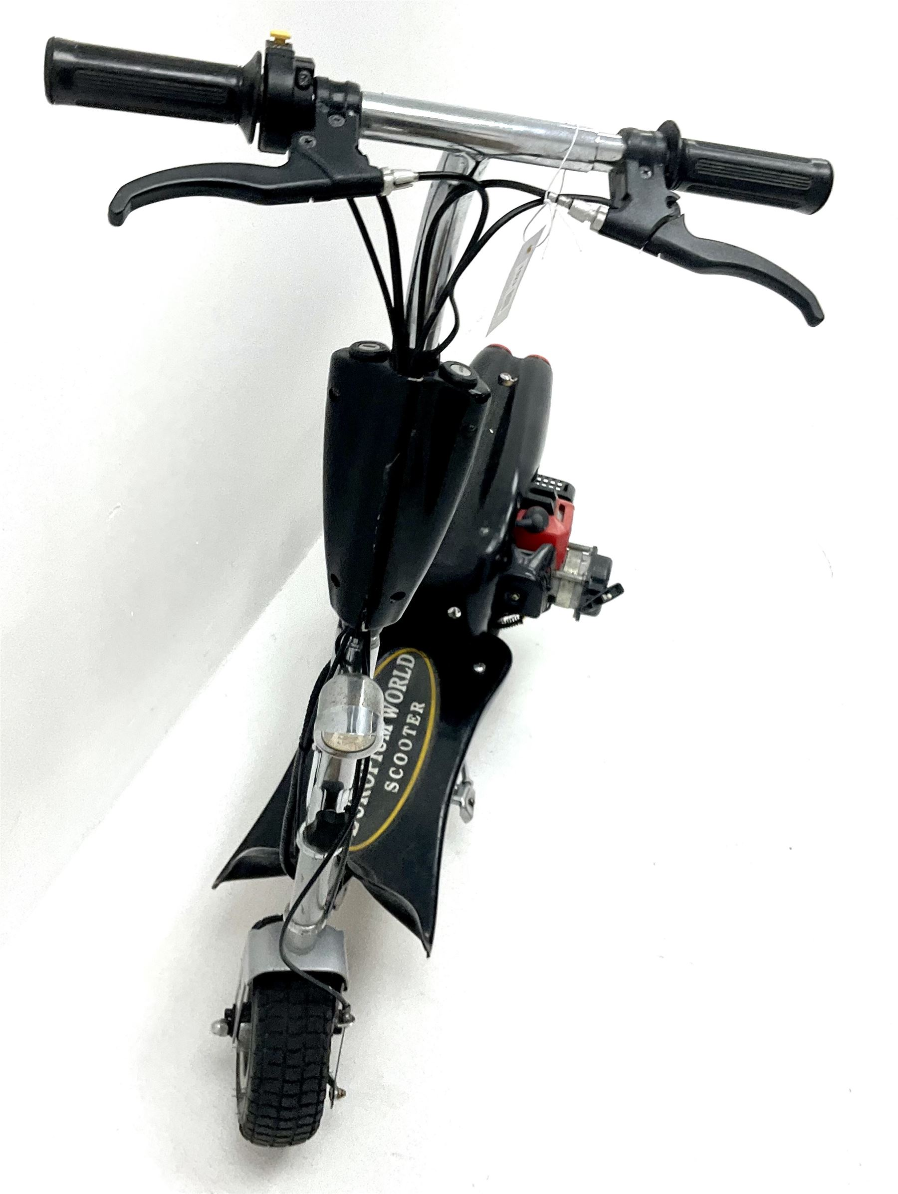 Emporium World Scooter - Image 2 of 2